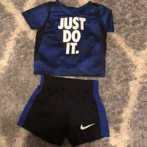 Nike outfit 6-9 months